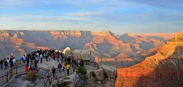 getInterUrl?uicrIvZQ=265cfc23ab7f8efde3e9c4a6e81e7315 - The cliffs of the Grand Canyon collapsed, revealing a string of the oldest footprints, about 313 million years old