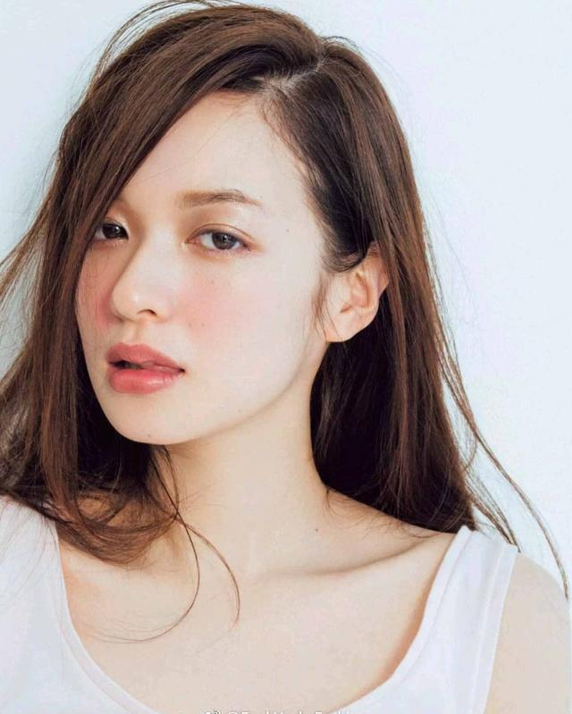 getInterUrl?uicrIvZQ=78dd54167803130d7999dfe574ed4fd4 - Japanese magazine goddess Mori Rika, with beautiful makeup and high face value, is loved by men and women