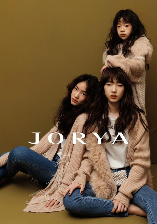 getInterUrl?uicrIvZQ=83b4893b5c497df410c84fde71ab8fd4 - The three daughters of Little S made their debut in the fashion magazine JORYA. The blockbuster temperament was amazing. Three supermodel faces were born!