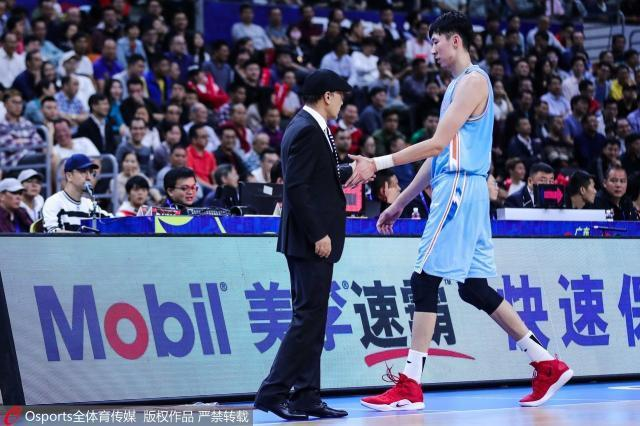 getInterUrl?uicrIvZQ=91711a822fede9ac54e8a0ee34ad1488 - The CBA rematch witnessed Zhou Qi's brutal growth. Is the MVP in the regular season already in his pocket?