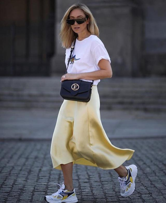 getInterUrl?uicrIvZQ=c1cadc71d76708dd68be32c858e0e4c0 - Let the women in the workplace be elegant and capable. The skirt must have a place.