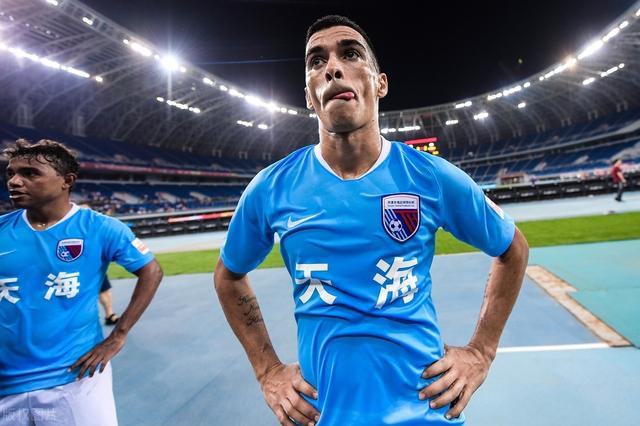 """getInterUrl?uicrIvZQ=f7a8fec01f948ef50d94b867e10a3b34 - Rubbing the""""little plum"""" popularity, Leonardo joined Luneng rushed to the hot search, how many times this year the Chinese football""""renamed terrier""""?"""