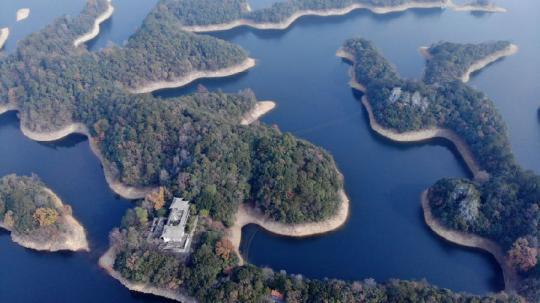 Investigation on Ineffective Rectification of Illegal Development Projects in Huangshan Taiping Lake Basin(1)