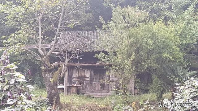 getInterUrl?uicrIvZQ=70b9afcc827668207734adf82f72c133 - Walking in those old houses in Sumadang, amazed the time