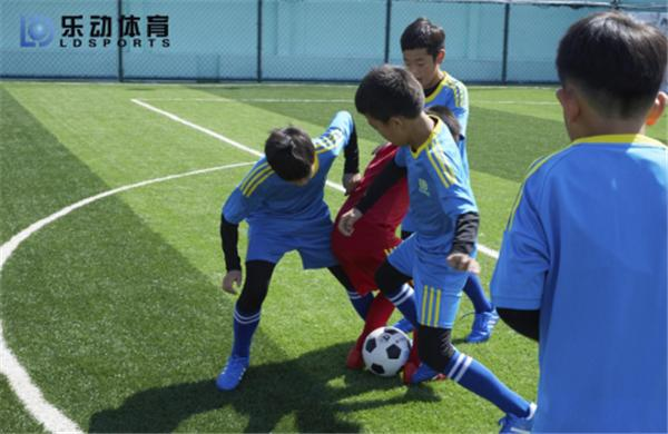getInterUrl?uicrIvZQ=7f63475b999ebedfdaae67dd590637f5 - Carrying out football actual combat, Ledong Sports test the results of autumn and winter training