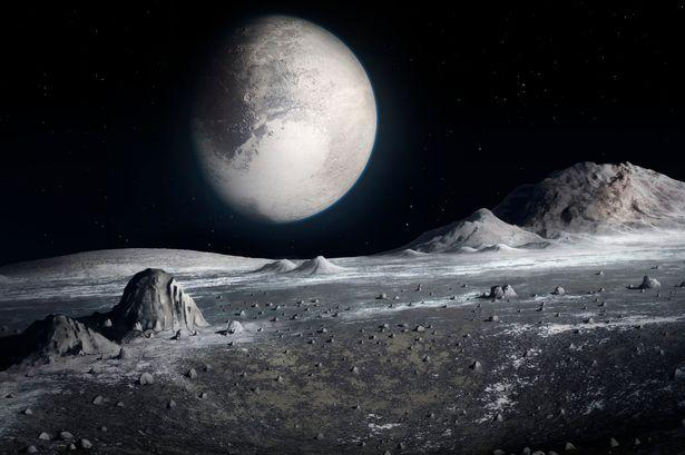 getInterUrl?uicrIvZQ=867168e4e18c1d041e54d688a38b64ab - If you could land on Pluto, what kind of world would you see? How big is the sun there?