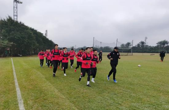 getInterUrl?uicrIvZQ=a0b3c0644aa96cfd63af1f39376da16f - Yatai Haikou starts the first training of the 2021 winter training season