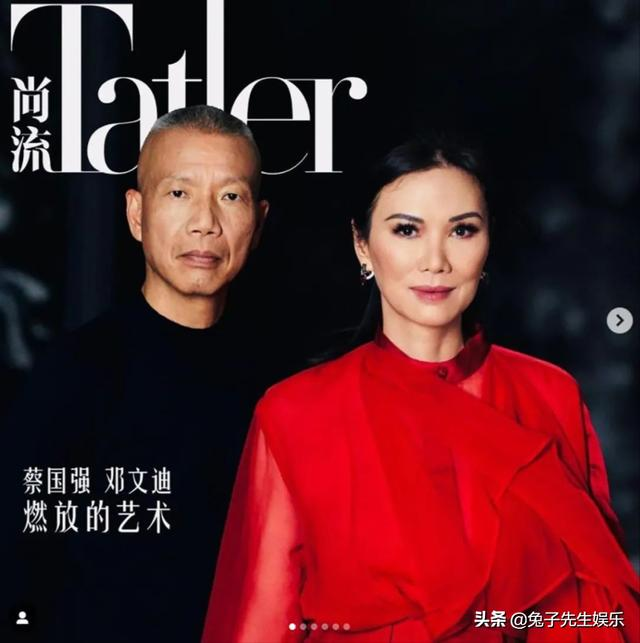 getInterUrl?uicrIvZQ=f6f2f2c40d0cfb9c2f1af548fdbb3a71 - 52-year-old Wendi Deng is stunning in winter, wearing a pleated skirt with a translucent jacket, tough and cold resistant